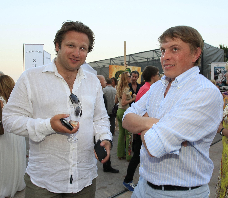 Президент компании Capital Jets Вадим Гинер и бизнесмен Денис Михайлов (слева направо)