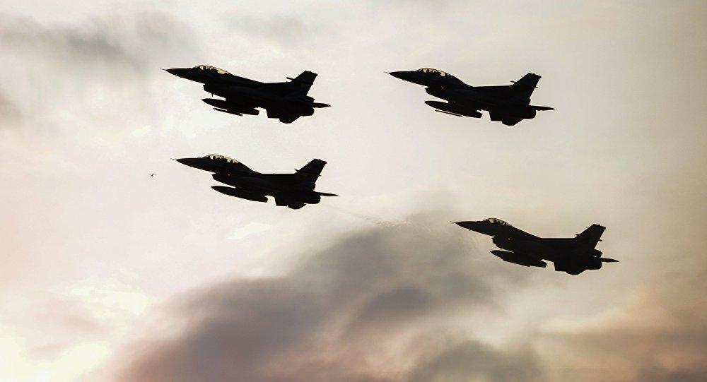 Летчиков НАТО отправили в английское небо ловить русские бомбардировщики
