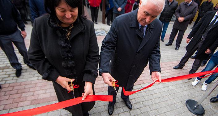 Президент открывает новый рынок в Цхинвале