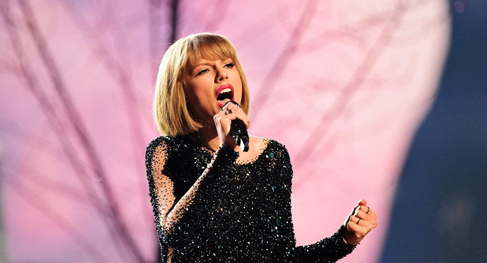 Тейлор Свифт возглавила список самых высокооплачиваемых эстрадных певиц поверсии Forbes