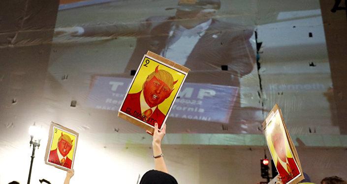 Протесты против избрания Трампа.