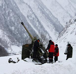 На заблокированном участке Транскама обстреливают лавинные очаги