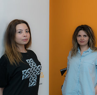 Карина и Вика