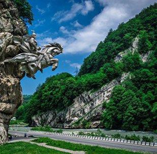 Памятник Уастырджы