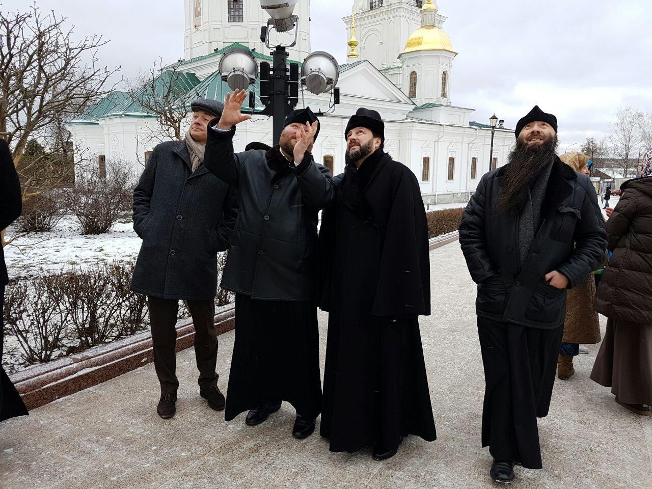 Члены североосетинский делегации в Дивеевском монастыре