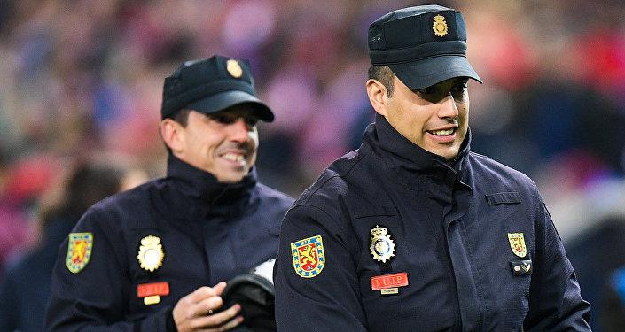 Испанская полиция.