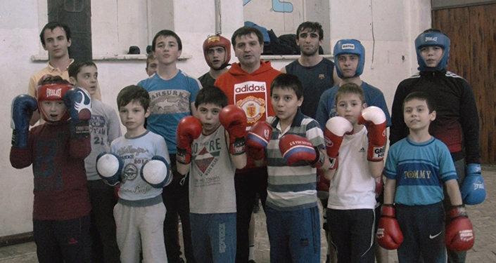 Юные боксеры Южной Осетии пожелали успеха Мурату Гассиеву