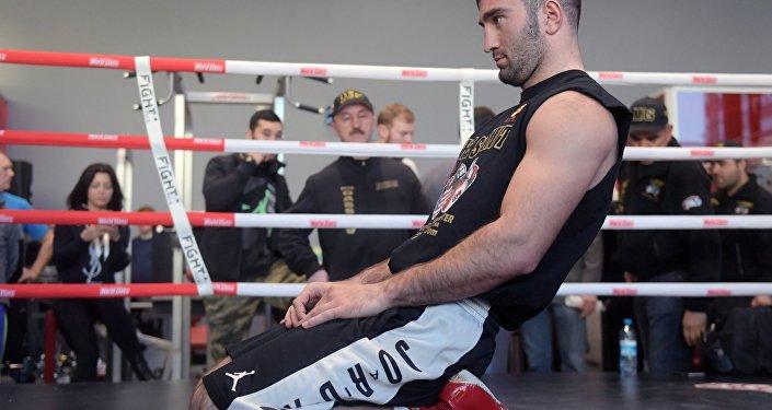 Бокс. Тренировка Д.Лебедева и М.Гассиева