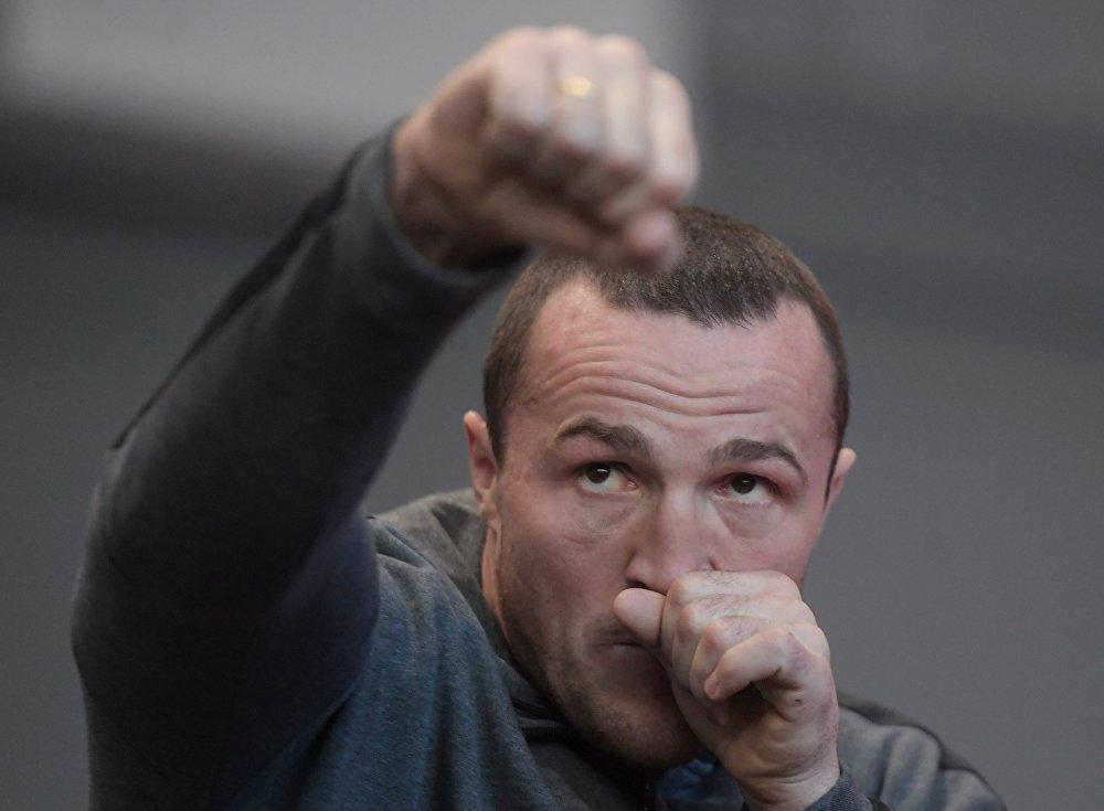 Бой Гассиев-Лебедев пройдет в субботу, 3 декабря в Москве на арене дворца спора Мегаспорт.