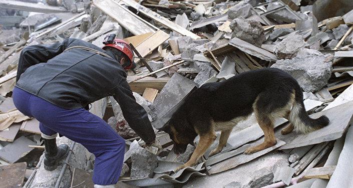 землетрясние