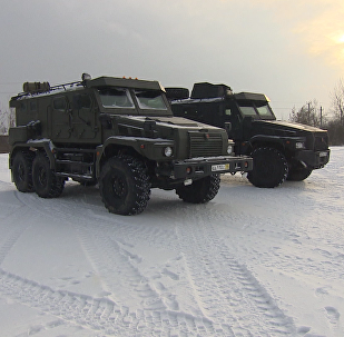 """Новый 12-тонный бронемобиль """"Патруль"""": тестирование в условиях снега"""