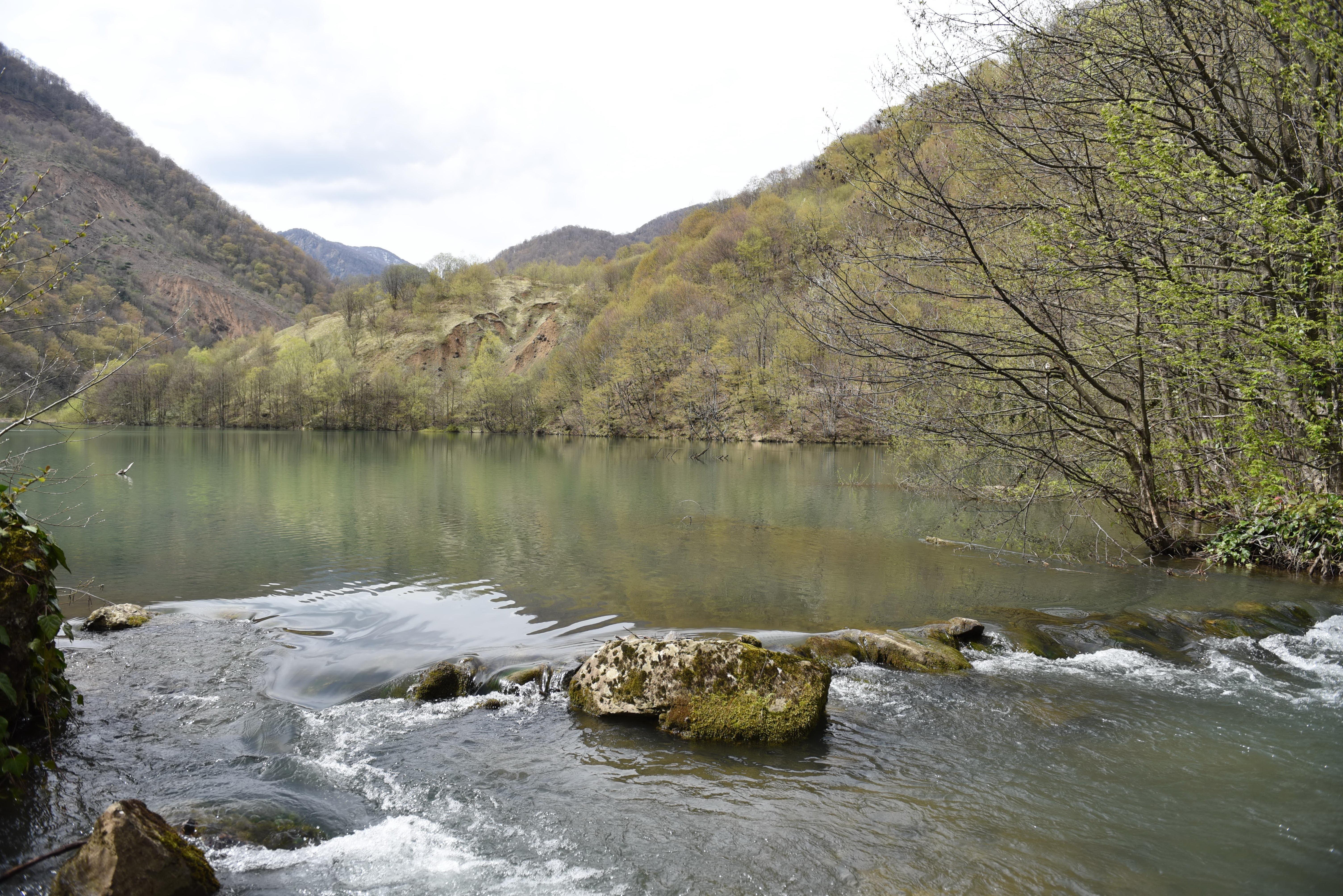 Озеро в селе Хахет