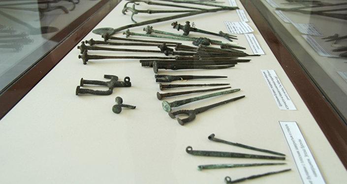 Археологон экспонаттӕ Хуссар Ирыстоны Национ музейы