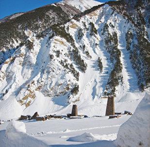 Высокогорное село Тиб на Транскаме.