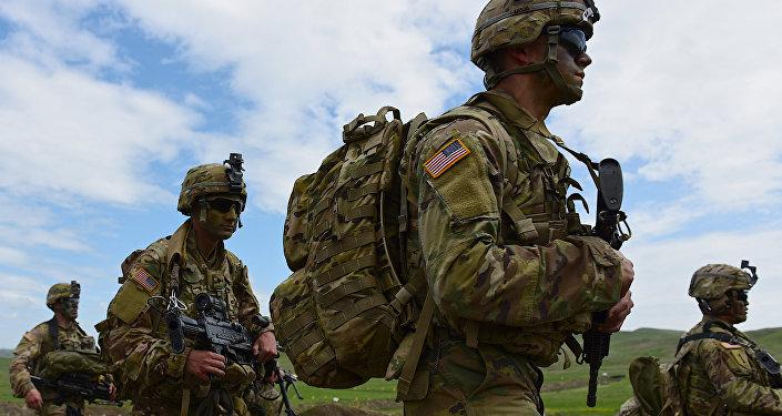 Военнослужащие США на совместных военных учениях