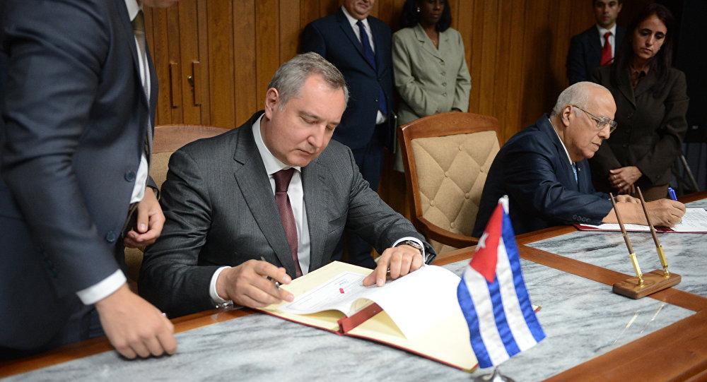 Rússia e Cuba assinam acordo de cooperação em defesa até 2020