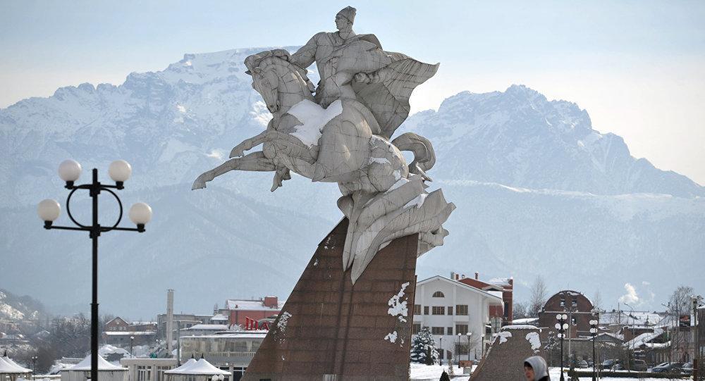 Памятник Иссе Плиеву