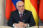 Президенто Республики Южная Осетия Л.Тибилов