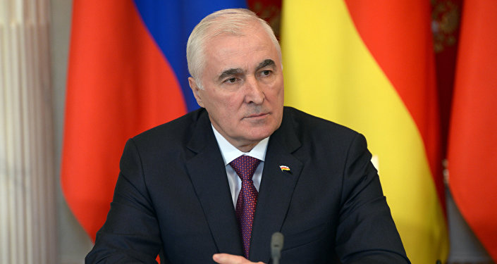 РХИ президент Л.Тыбылты