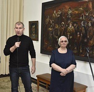 Выставка заслуженного художника Северной Осетии Казбека Хетагурова открылась во Владикавказе.
