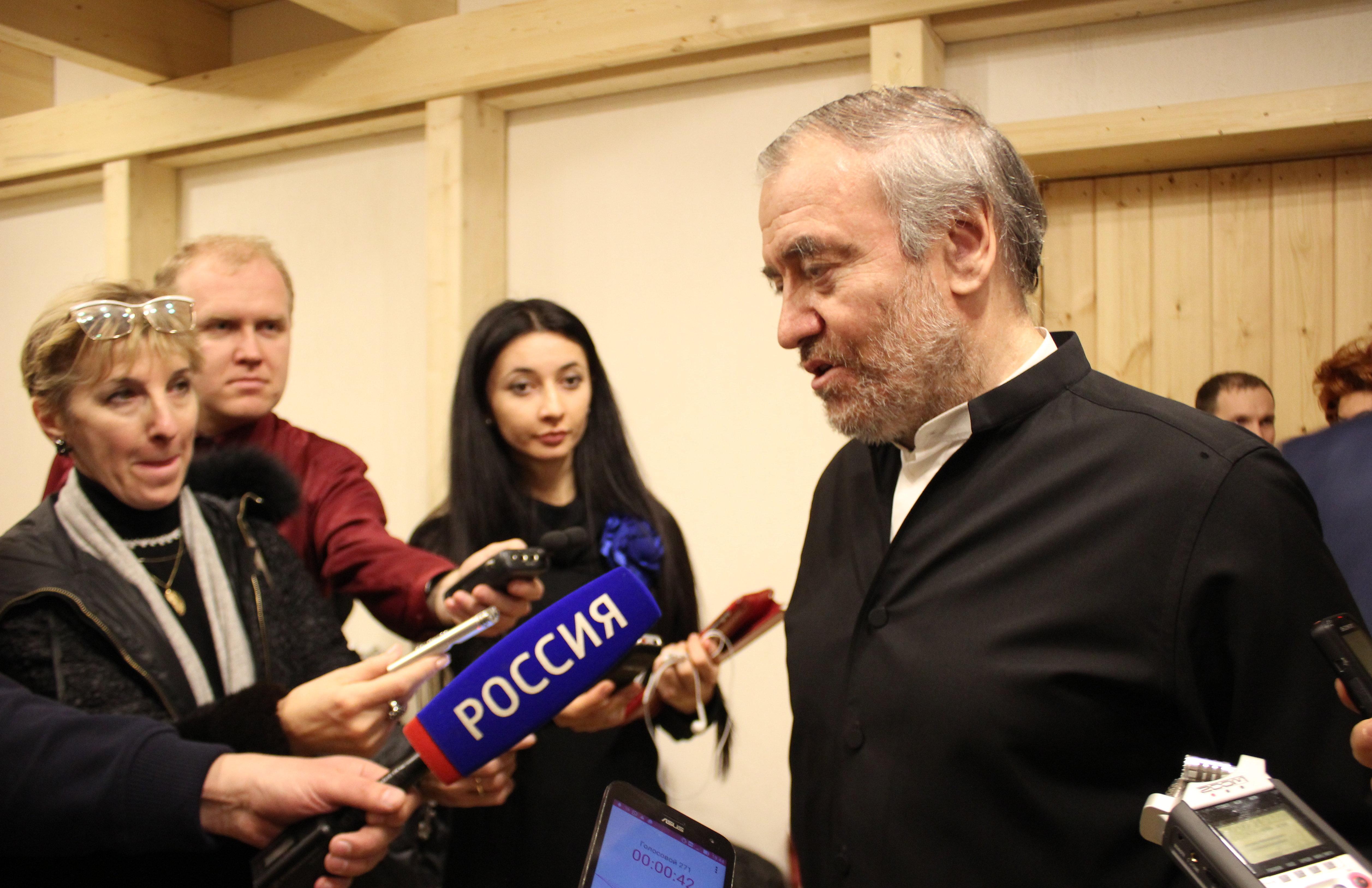 Валерий Гергиев отвечает на вопросы журналистов