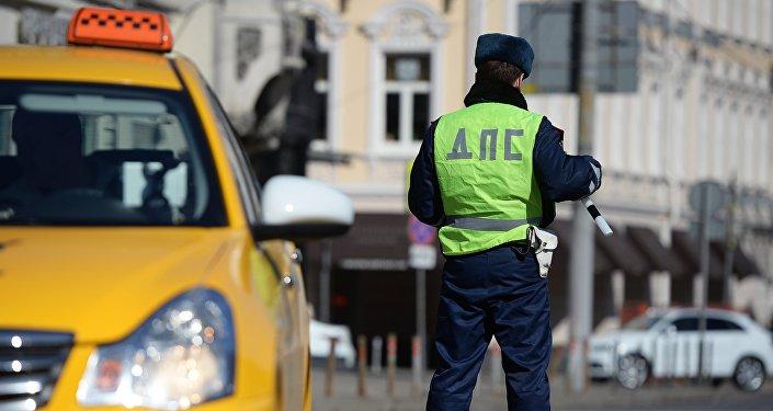 Рейд ГИБДД против нелегальных таксистов