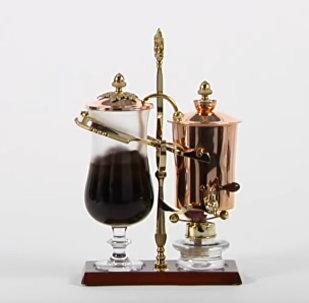 Королевская кофеварка середины XIX века