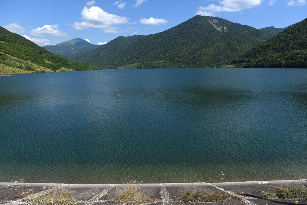 Зонкарское водохранилище было построено на реке малая Лиахва, и использовалось для орошения