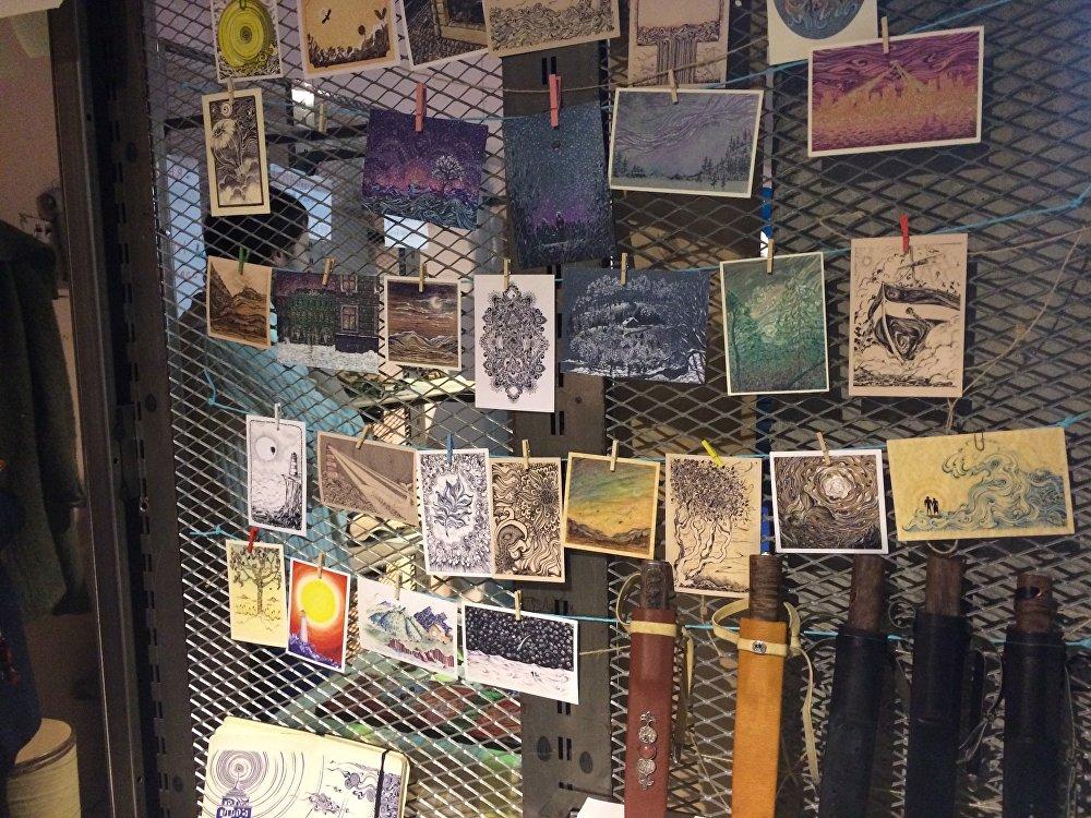 Почтовые открытки с уникальными рисунками - необычный для современности способ поздравления с праздниками близких и родных