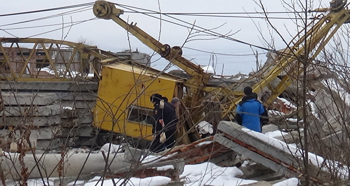 Упавший во Владикавказе подъемный кран