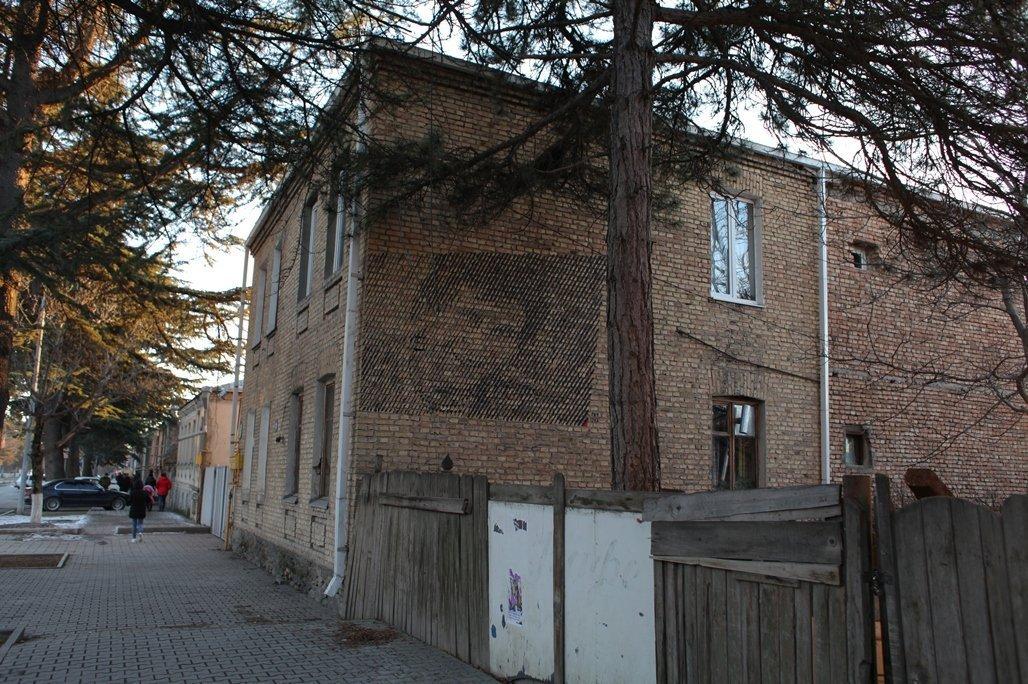 Дом, в котором жил Парпат