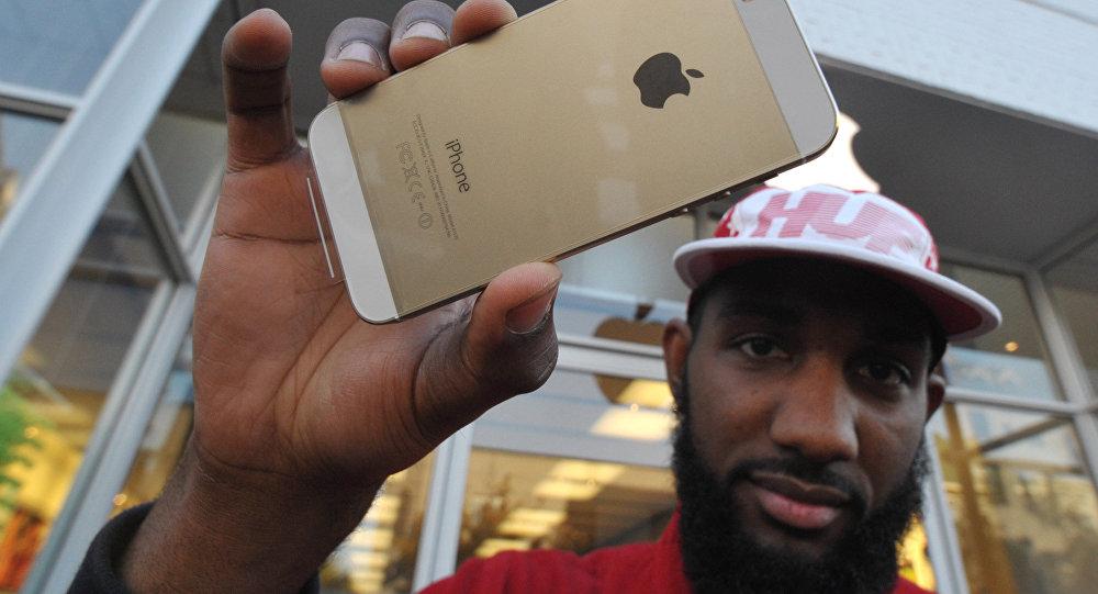 Владелец cмартфона iPhone 5s