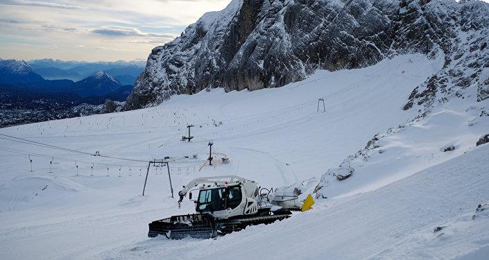 Лыжная трасса в Альпах