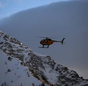 Вертолет в Антхольц в Италии
