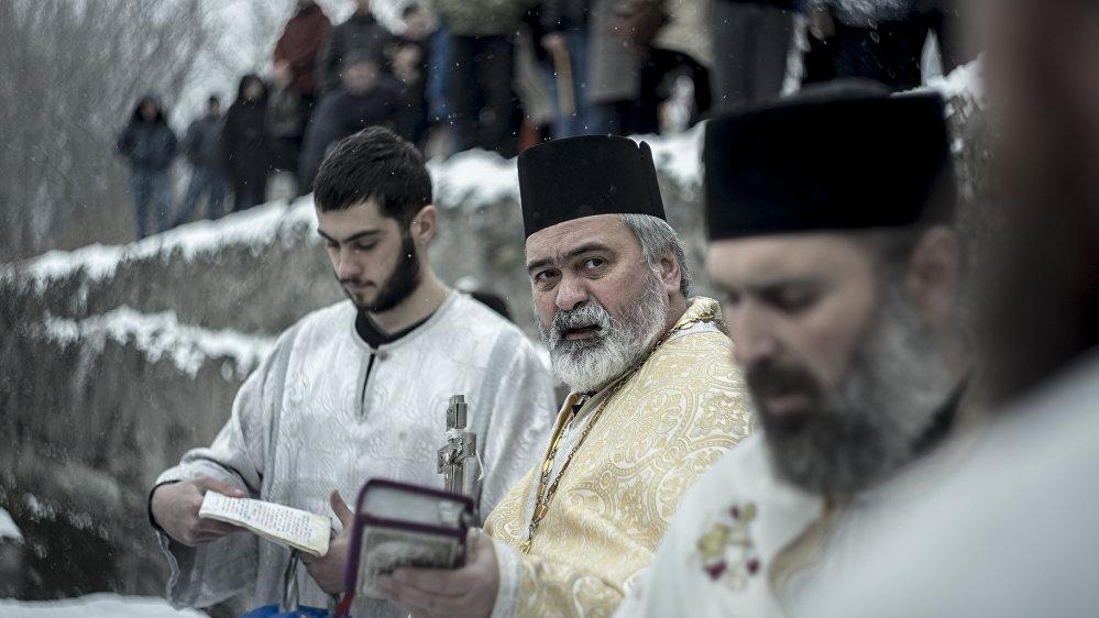 Обряд проводил его священник Аланской епархии отец Иаков (Хетагуров)