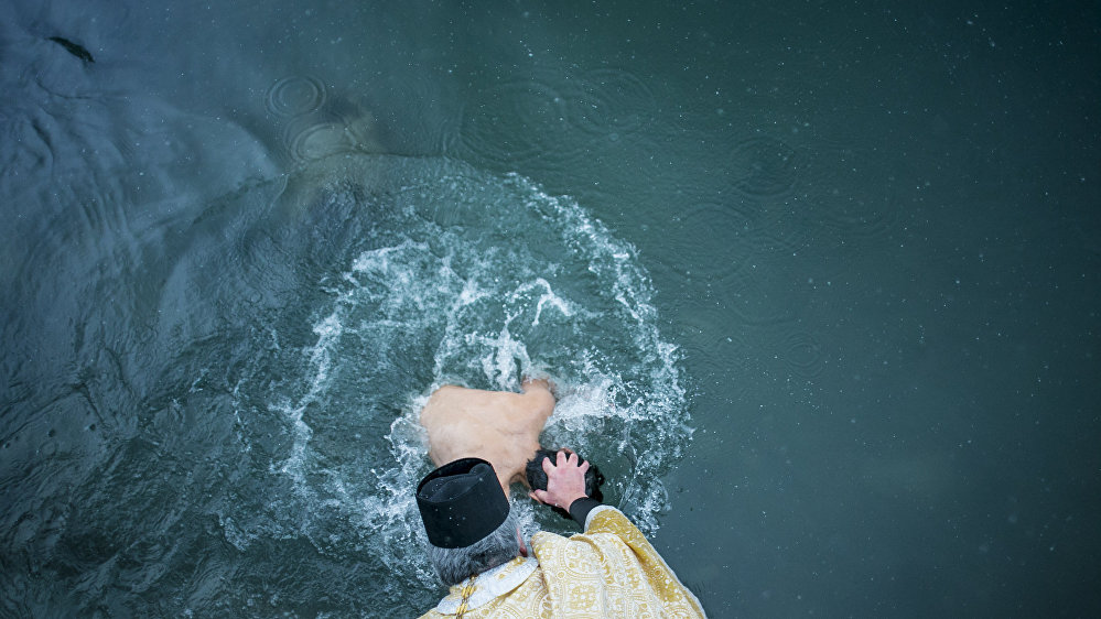 Крещение в реке Лиахва