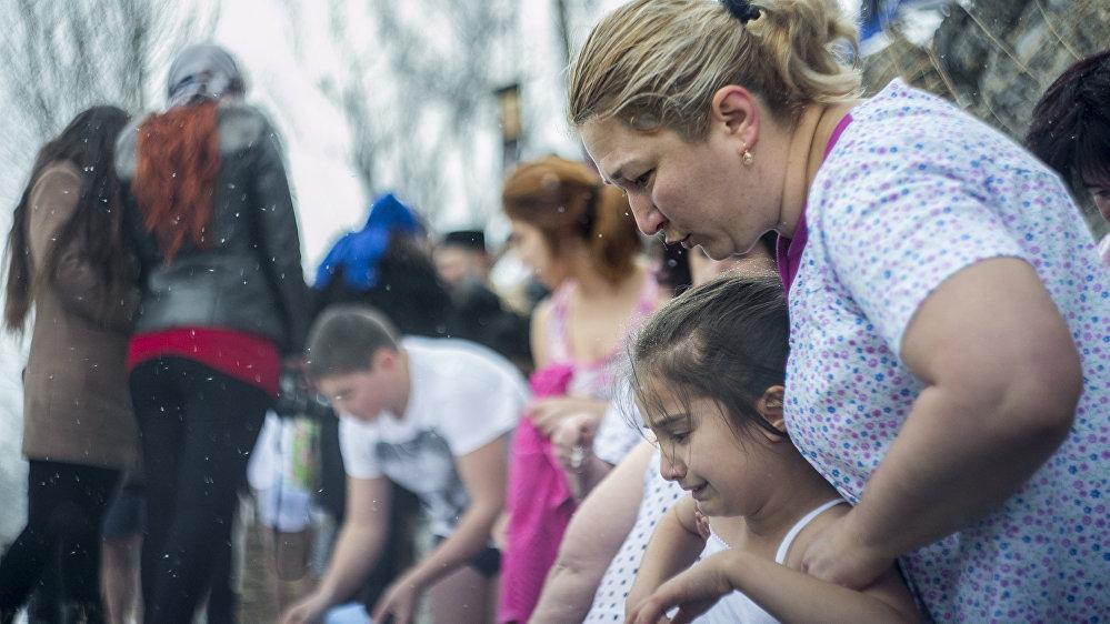 Всего Крещение в праздничный день приняли около 50 человек