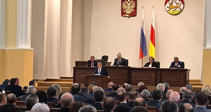 Послание Битарова Парламенту РСО-А