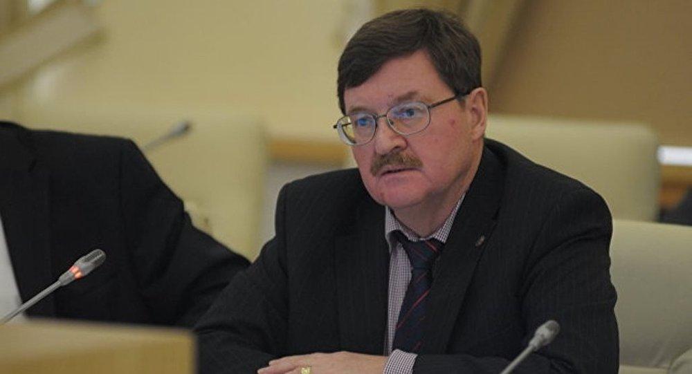 Владимир Козин