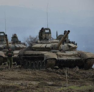 Военнослужащие отдельной мотострелковой бригады ЮВО