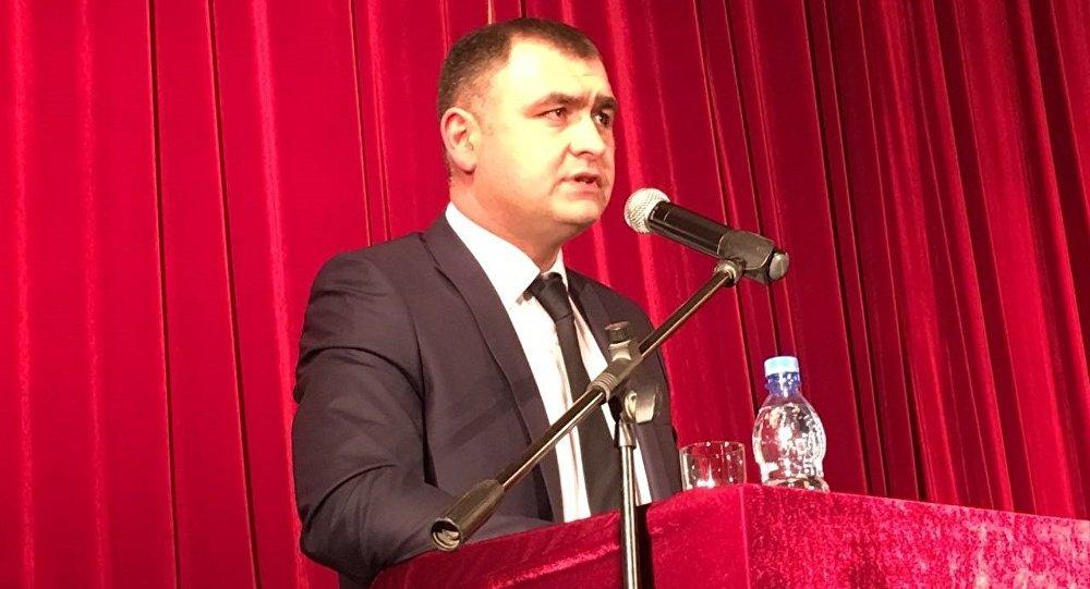 Алан Гаглоев на собрании инициативной группы