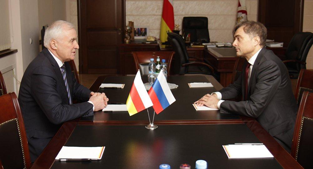 Сурков вспомнил «темное прошлое» Южной Осетии