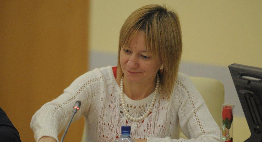 Яна Амелина