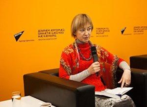 Яна Амелина - автор книги Не едина неделима. Осетия после августовской войны