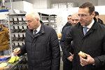 Олег Говорун попробовал свежую выпечку на Цхинвальском хлебозаводе