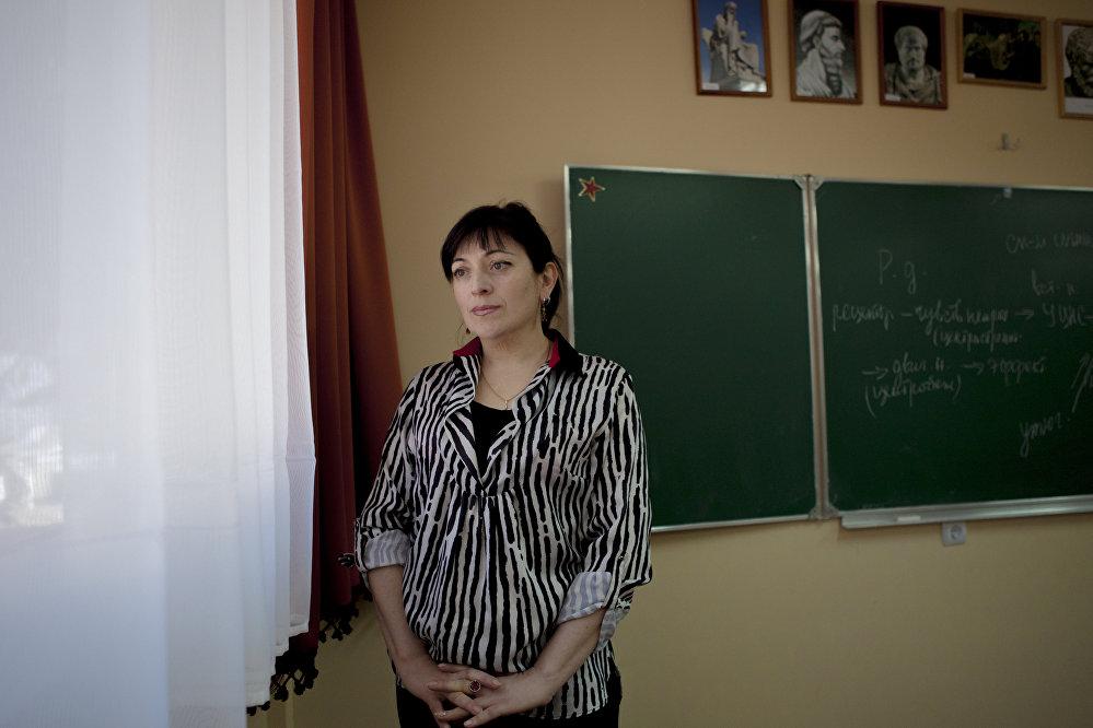 Мадина Кулухова. Преподаватель истории гимназии Альбион
