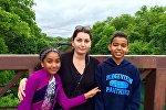 Ирина Цховребова с детьми