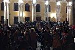 Сторонники Кокойты у здания правительства в Цхинвале
