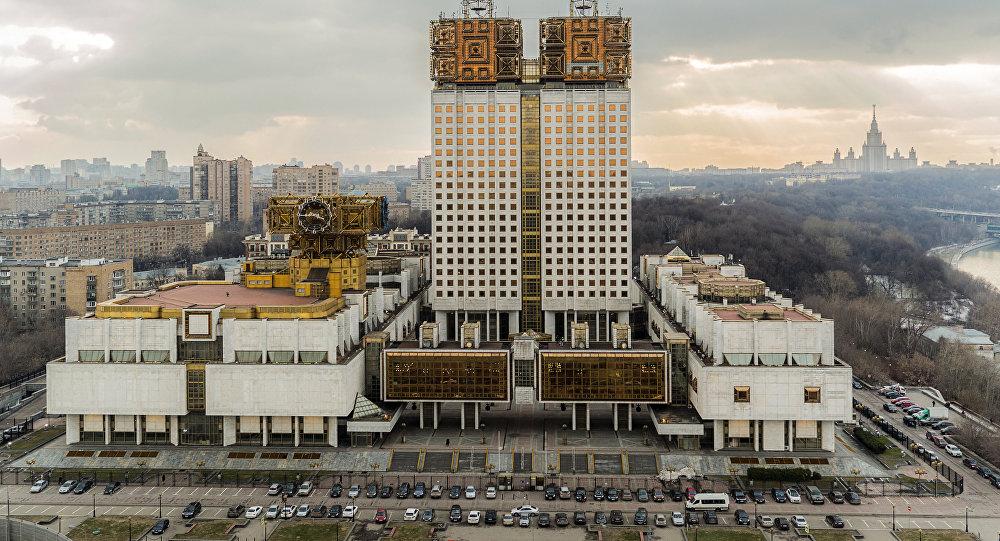 Клуб «1июля» призвал непереносить выборы президента РАН
