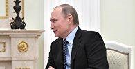 Президент РФ В. Путин встретился с президентом Южной Осетии Л. Тибиловым